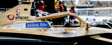 Andre Lotterer leaves the garage